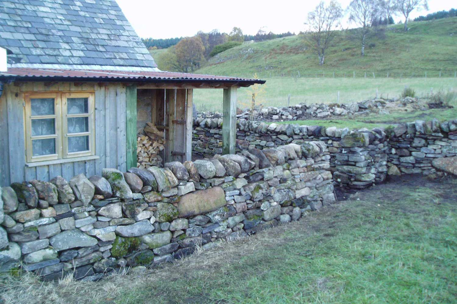 Traditional Dry-stane wall for a country cottage